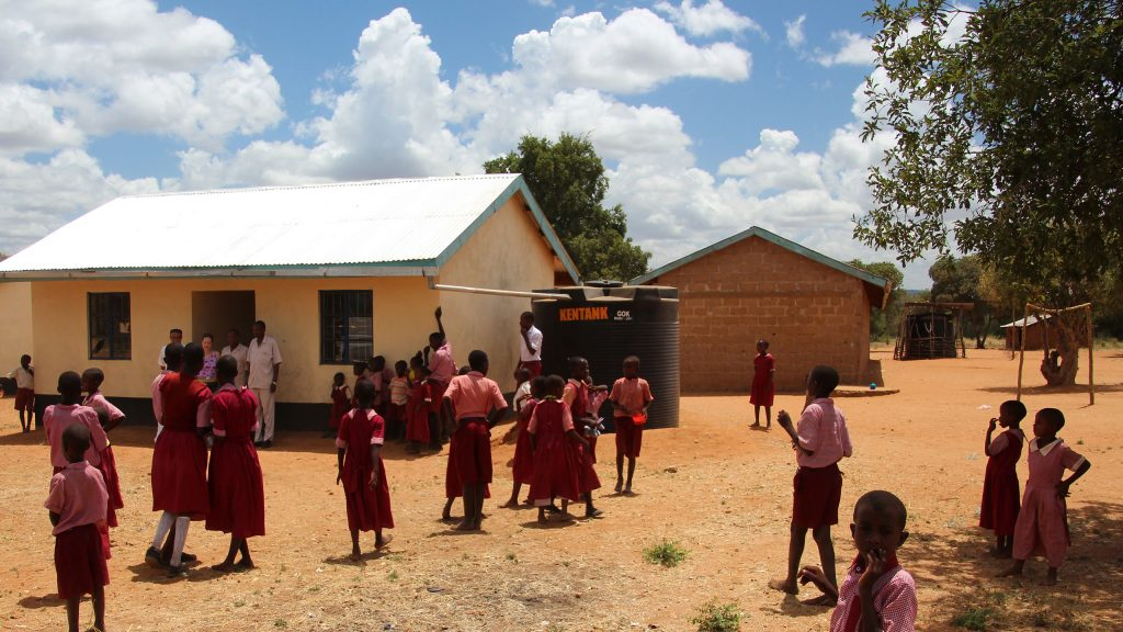 Water tanks and gutters financed by Better Globe at a school in Mboti, Kenya.