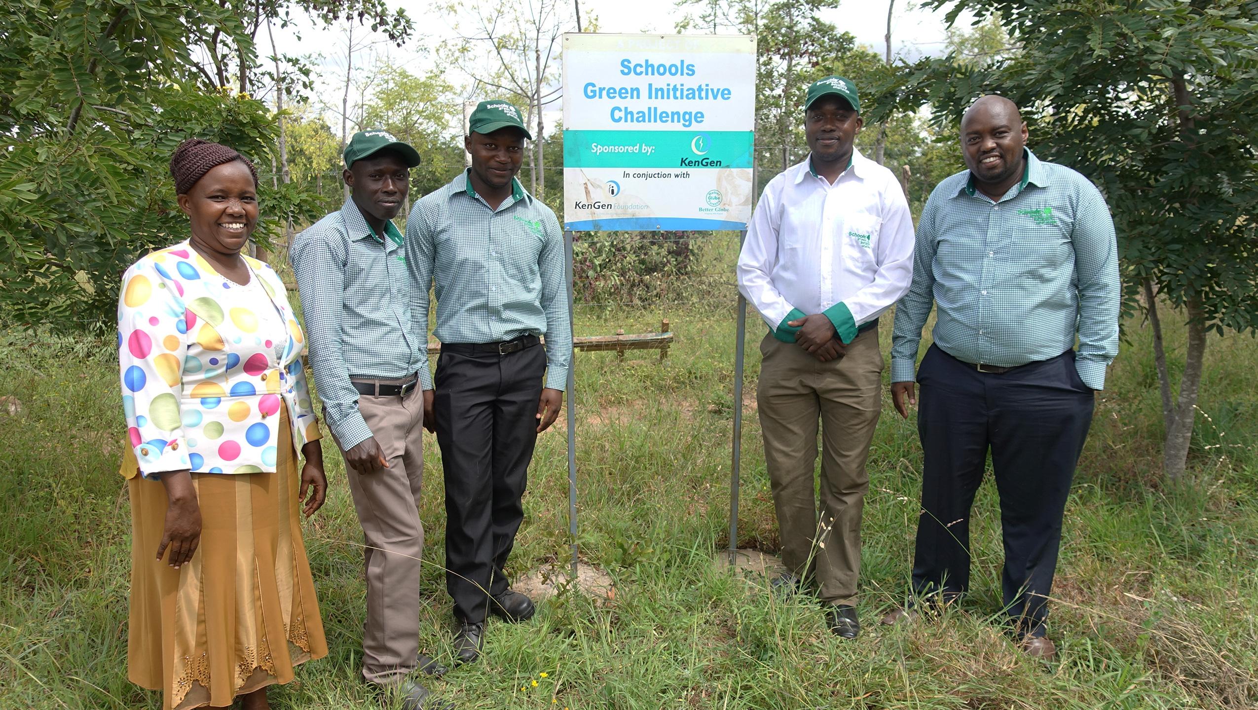 Skoler engageret i træplantning